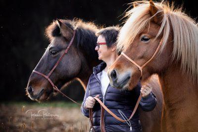 Claudia mit Ofeigur & Fanta-4